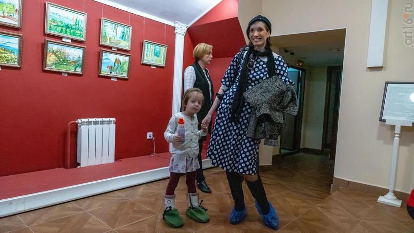 Агата Осокина, Дина Асадуллина::Альберт Галимов. Выставка «Швейцарские часы»