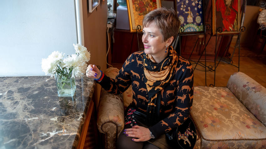 Елена Сунгатова::Выставка Союза художников Республики Татарстан «50 женских ликов»