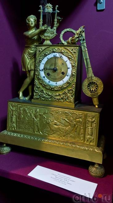 Часы каминные Орфей, играющий на арфе. Франция, XIX в.