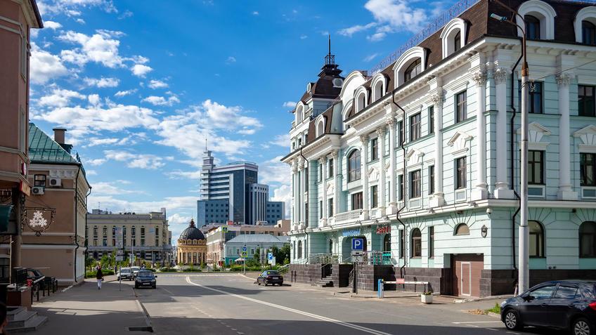 Петербургская, 37, Казань::Казань, ул. Петербургская, июль 2020