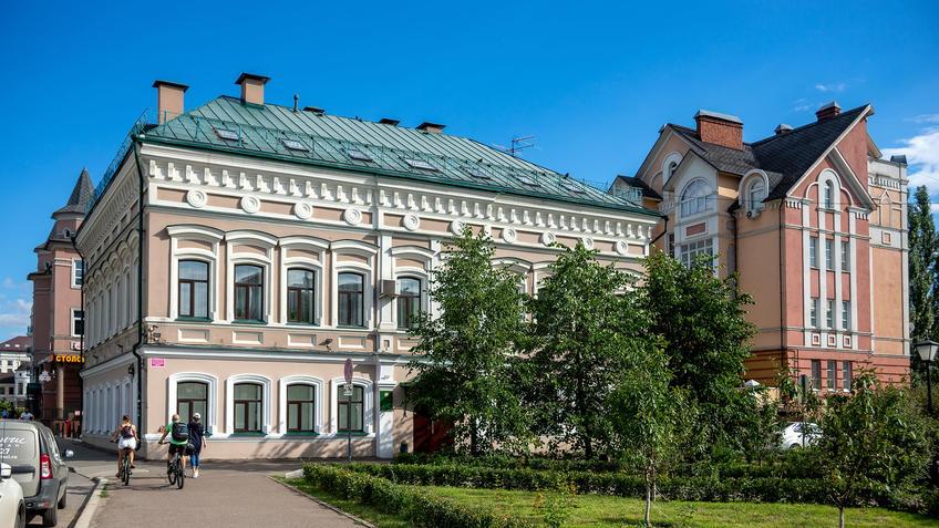 Петербургская, 40, Казань::Казань, ул. Петербургская, июль 2020