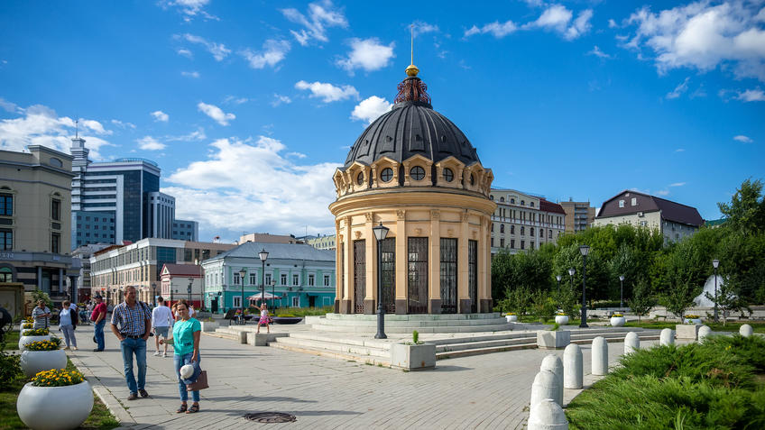 Ротонда на Петербургской. Казань::Казань, ул. Петербургская, июль 2020