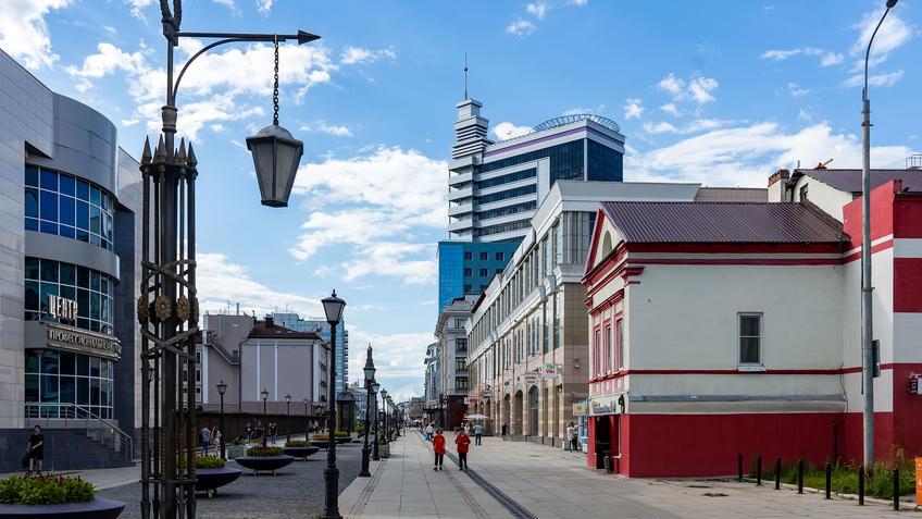Улица Петербургская, Казань::Казань, ул. Петербургская, июль 2020