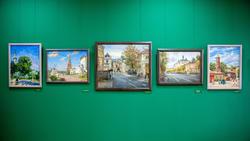 Фрагмент экспозици выставки Азата Галимова «Между Западом и Востоком»