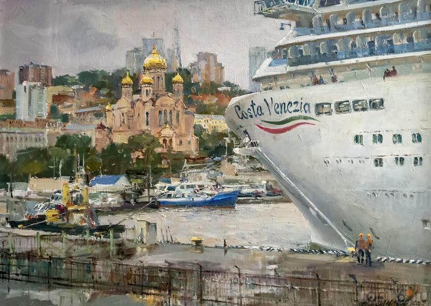 «Costa Venezia» в порту Владивостока. 2019. Азат Галимов::Выставка «Азат Галимов. Между Западом и Востоком»
