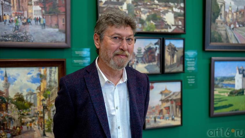 Азат Галимов::Выставка «Азат Галимов. Между Западом и Востоком»