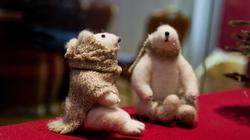 Два из трех белых медведей Марины Юсуповой