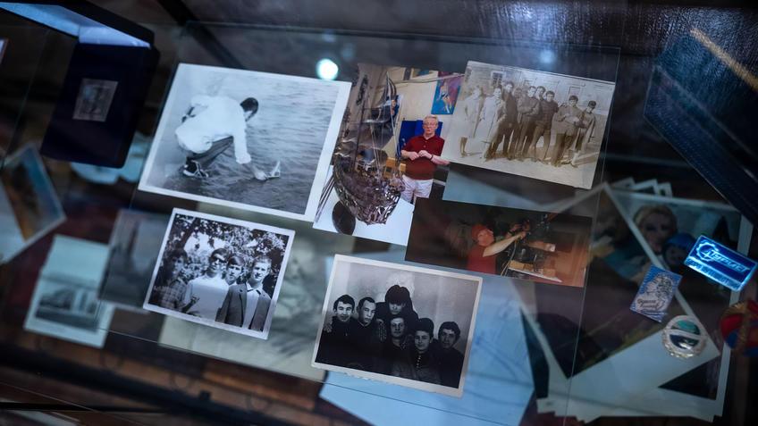 Фрагмент экспозиции. Архивные материалы. Башмаков.::Выставка 6 молодых художников. Взгляд через 50 лет. 1970-2020