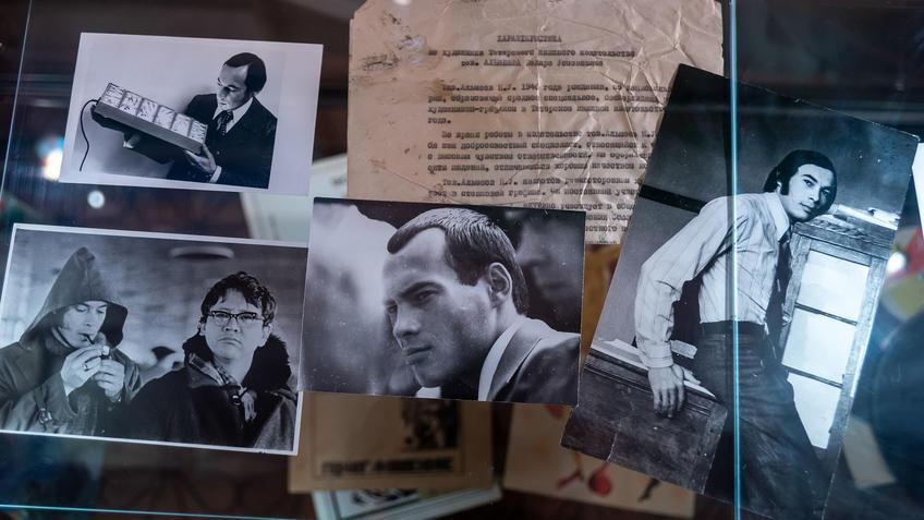 Из фотоархива Н.У.Альмеева::Выставка 6 молодых художников. Взгляд через 50 лет. 1970-2020