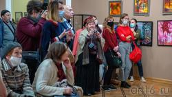 На открытиии «Выставки 6 молодых художников. Взгляд через 50 лет»