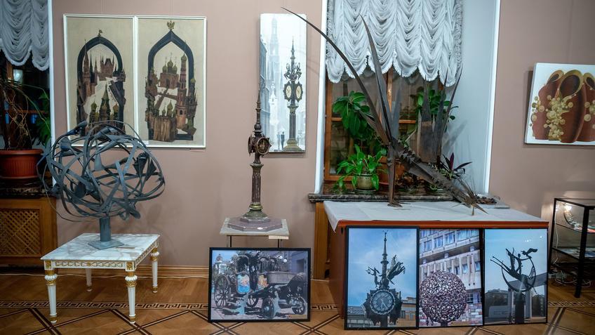 Фрагмент экспозиции. Башмаков Игорь Николаевич (1943-2012)::Выставка 6 молодых художников. Взгляд через 50 лет. 1970-2020