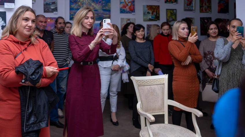 На открытии выставки «АРТ ИНТЕРЬЕР»::Выставка «АРТ Интерьер»