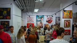 На открытии выставки «АРТ ИНТЕРЬЕР» в галерее