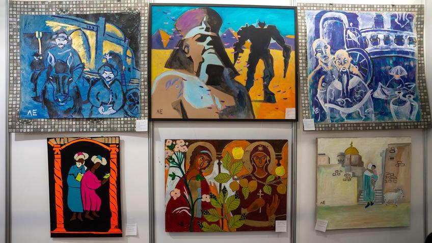 Фрагмент экспозиции. Евграфовой Л.Е. АРТ-галерея Казань 2020::Арт-галерея, октябрь 2020