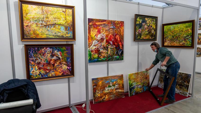 Александр Шадрин. АРТ - галерея, Казань 2020::Арт-галерея, октябрь 2020