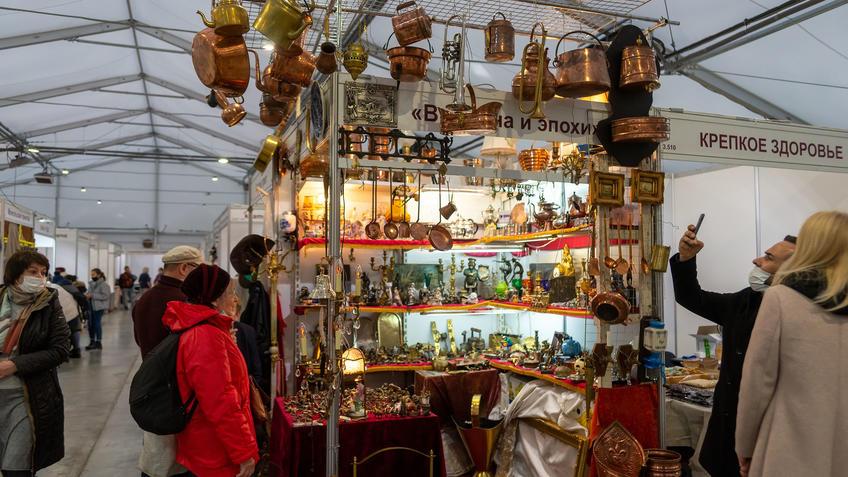«Времена и эпохи» на АРТ -Галерее, Казань 2020::Арт-галерея, октябрь 2020
