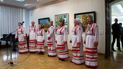 Чувашский фольклорный ансамбль на открытии выставки