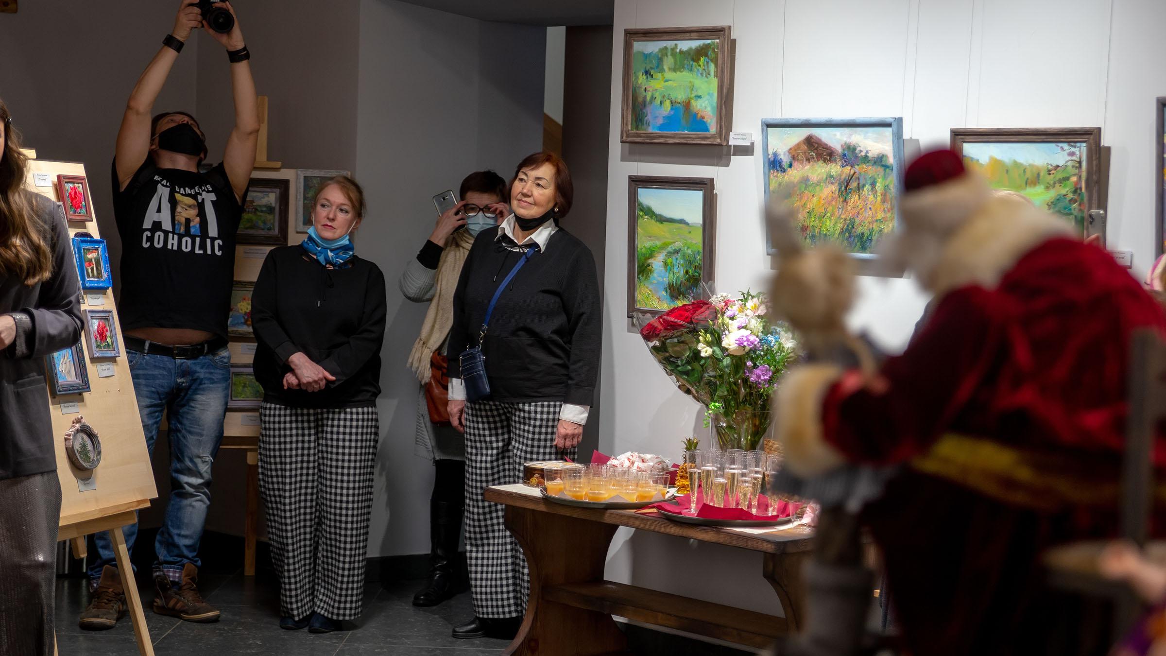 На открытии выставки «Сентиментальное путешествие»::Сентиментальное настроение (Дуэт АняМаня, Н. Григорьева)