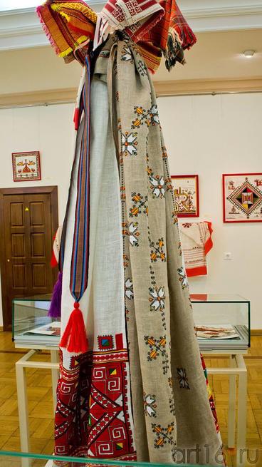Фрагмент экспозиции выставки ʺИскусство чувашского народаʺ::Искусство чувашского народа