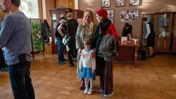 На открытии выставки Елены Острой в ГСИ