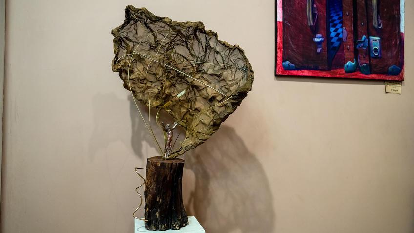 Энергия. 2021. Адель Халиуллин::«Апокалипсис. Возрождение ». Адель Халиуллин (скульптура), Анна Федорова (живопись)