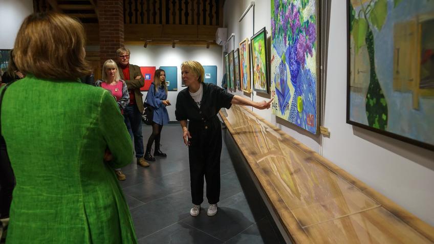 На выставке «Мы можем»::Бато Дугаржапов, Ирина Митрикова «Без булдырабыз! Мы можем!»
