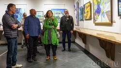 В экспозиции выставки «Мы можем». Бвто Дугаржапов, Ирина Митрикова