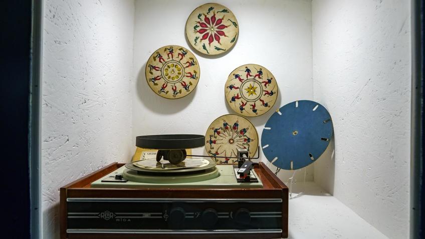 Фенакистископ, набор анимационных дисков без прорезей ..::Выставка анимационных игрушек «ПРЕСИНЕМА»