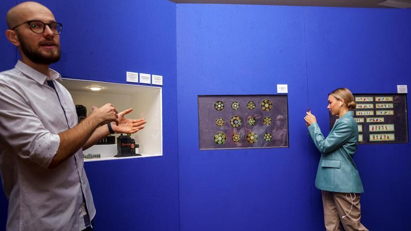 М.Васильев. Экскурсия по выставке «Пресинема»::Выставка анимационных игрушек «ПРЕСИНЕМА»