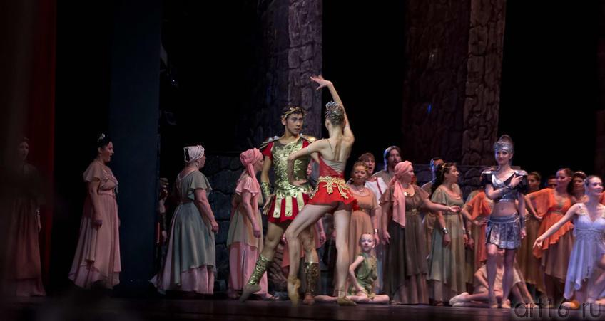 Фото №99236. балет Спартак (2)